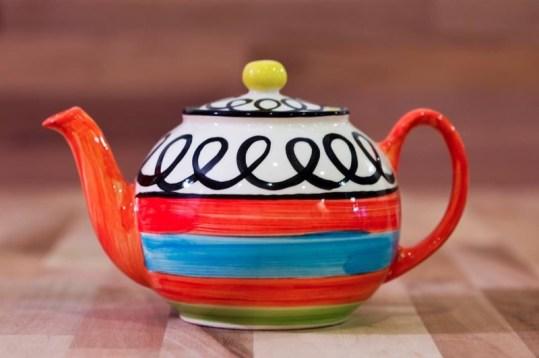 Hi-Life Gaudy large teapot in scribble