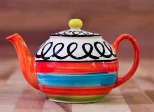 Hi-Life Gaudy large teapot in scribble