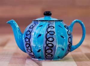 Vertical Stripey medium teapot in blue