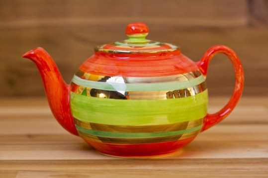 Lustre Horizontal small teapot in No.02
