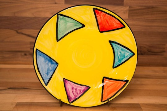 Carnival 11″ dinner plate in Yellow