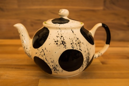 Black and white large Teapot in Spot