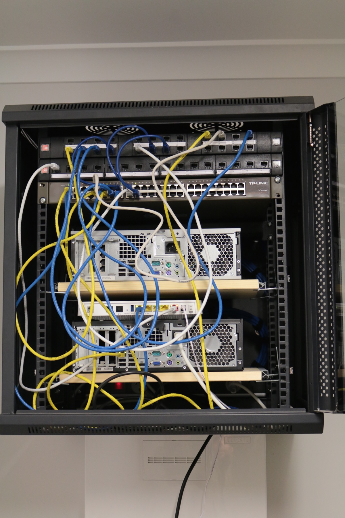 Wiring A Media Closet Data Standards Wire Schema U2022 Rh Sellfie Co Residential