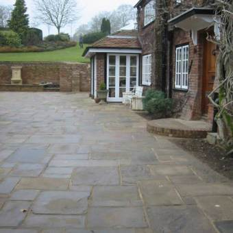 graded yorkstone cotswold patio