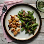 bay scallops with snap peas and bacon