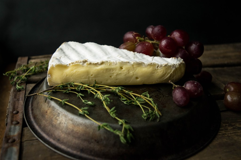 brie grapes
