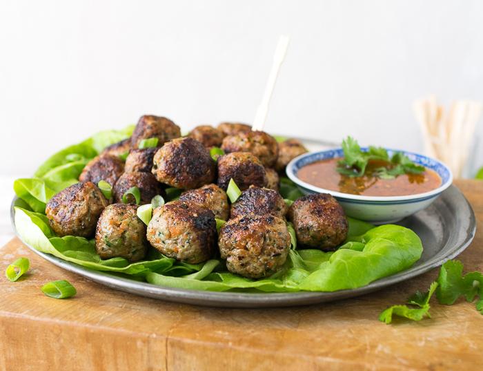 thai meatballs with sweet chili sauce