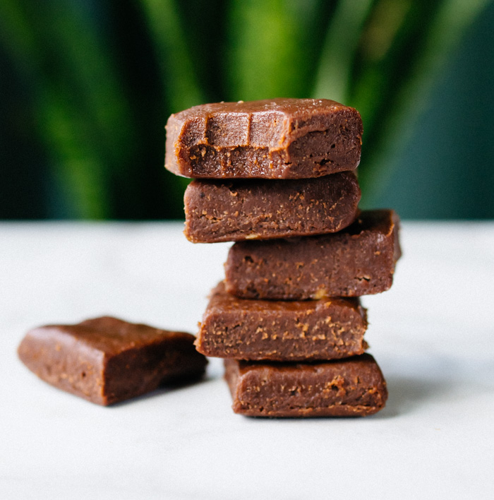 Chocolate Mint Fudge CBD Oil Bites (Paleo)
