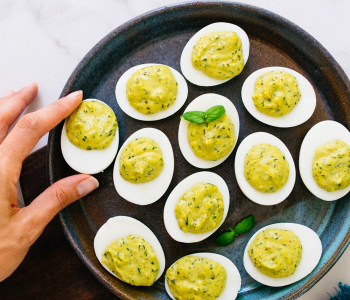 Paleo Pesto Deviled Eggs | Reclaiming Yesterday