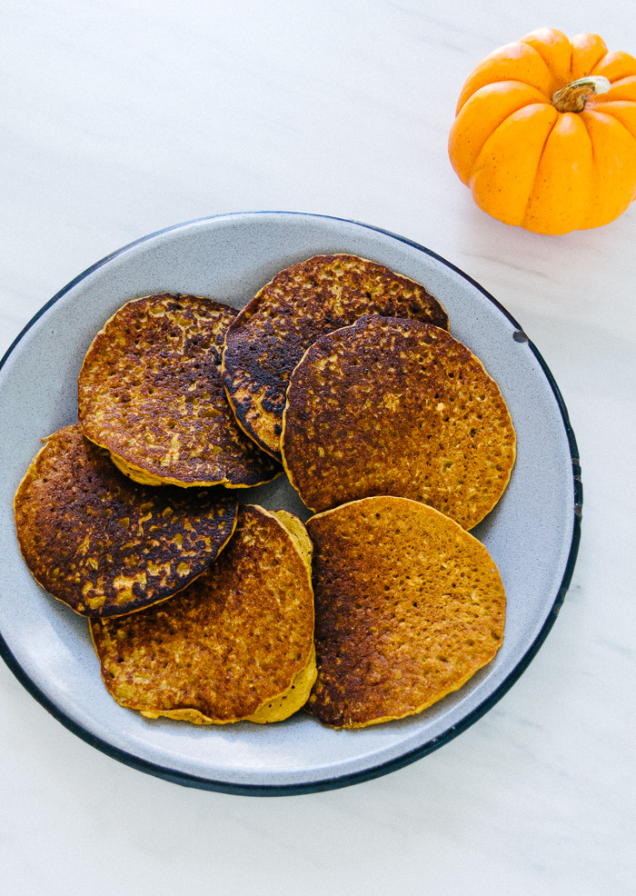 Oatmeal Pumpkin Pancakes | Reclaiming Yesterday