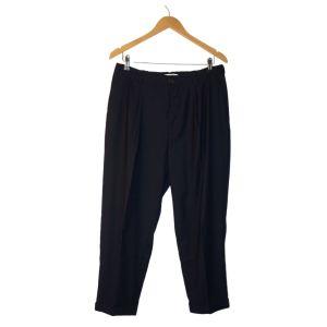 Calças azuis escuras com vinco - reCloset roupa em segunda mão
