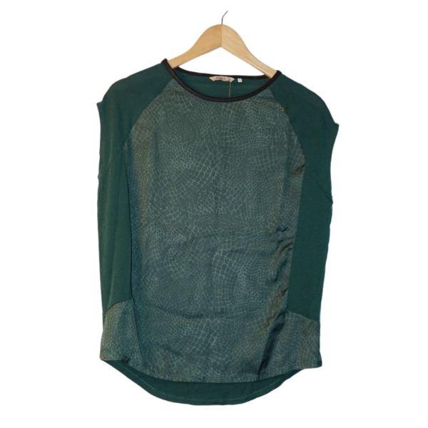 Blusa verde com padrão cobra sem mangas - reCloset roupa em segunda mão