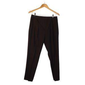 Calças pretas de corte cruzado - reCloset roupa em segunda mão