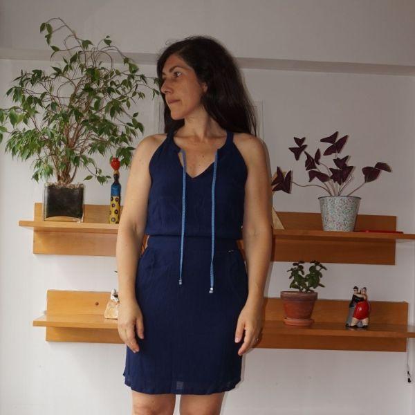 Vestido azul escuro com fita - reCloset roupa em segunda mão