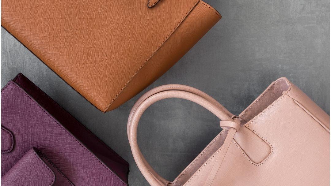 Arrumar carteiras com espaço - reCloset roupa em segunda mão