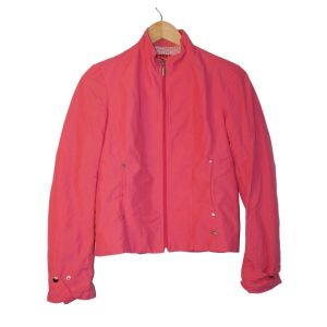 Casaco rosa com fecho - reCloset roupa em segunda mão