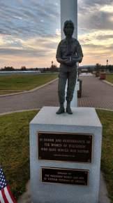 Memorial to Women in Service