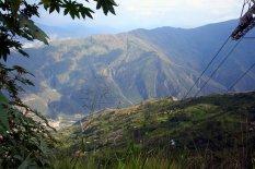 6.3km lang ist diese Schwebebahn und macht Halt auf 3 Stationen innerhalb des Canyonsy.