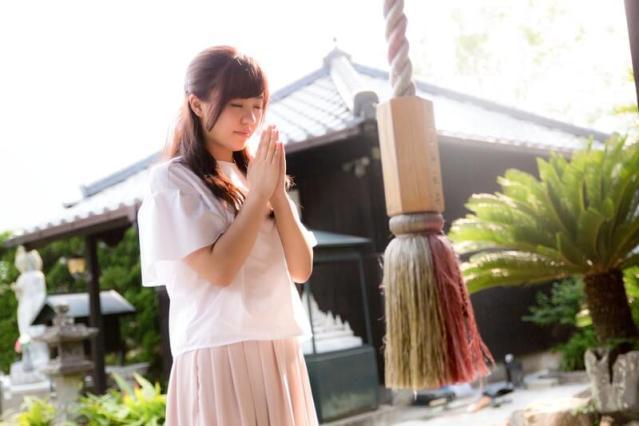 阿智神社の花纏守はどこで買える・通販はある?他の神社のレースのブレスレットお守りも調査!
