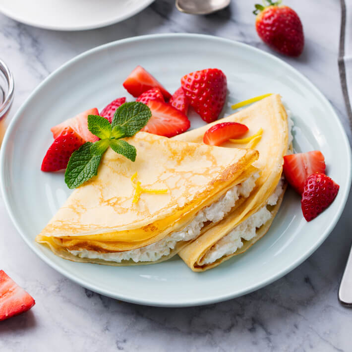 Creamy Keto Strawberry Crepes