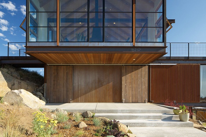 Rustic Elegance Wrapped in Gabled, Eco-Friendly Form