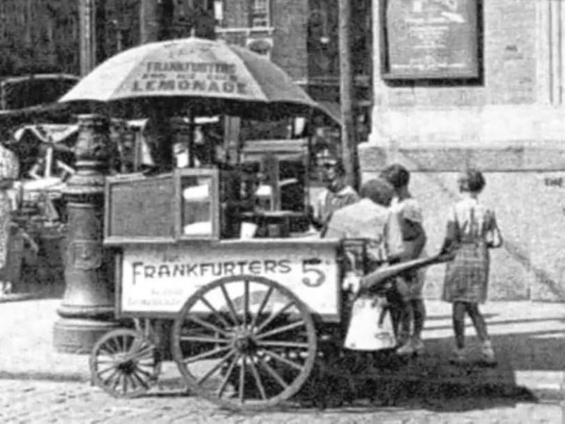 Maxwell-Street-Hot-Dog-Cart