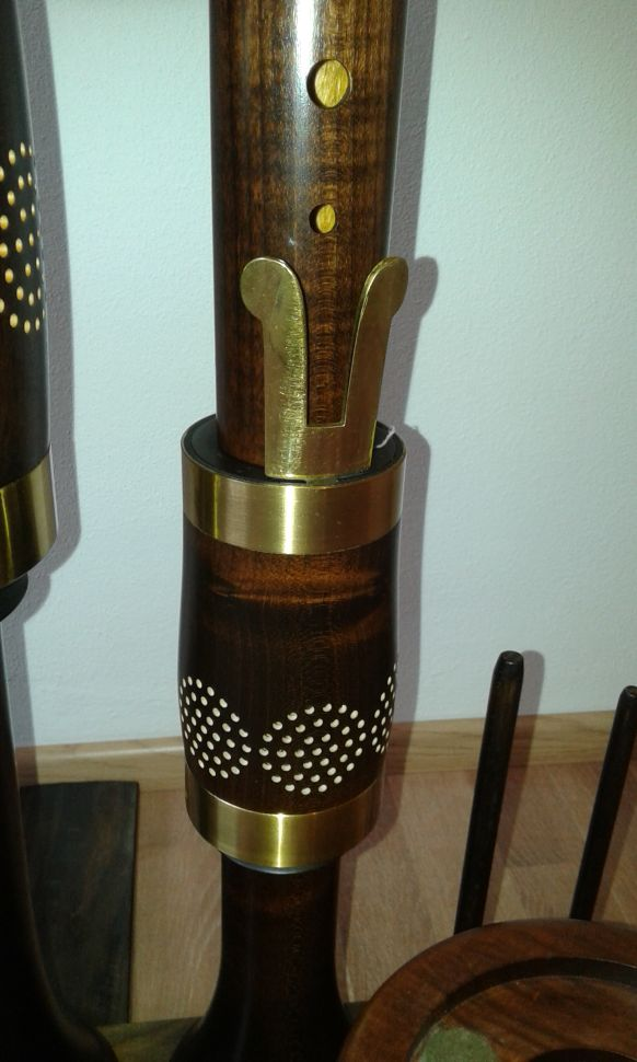 Renaissance-Consort-great-bass-recorder-in-c-by-Moeck-fontanelle-recorders-for-sale-com-02