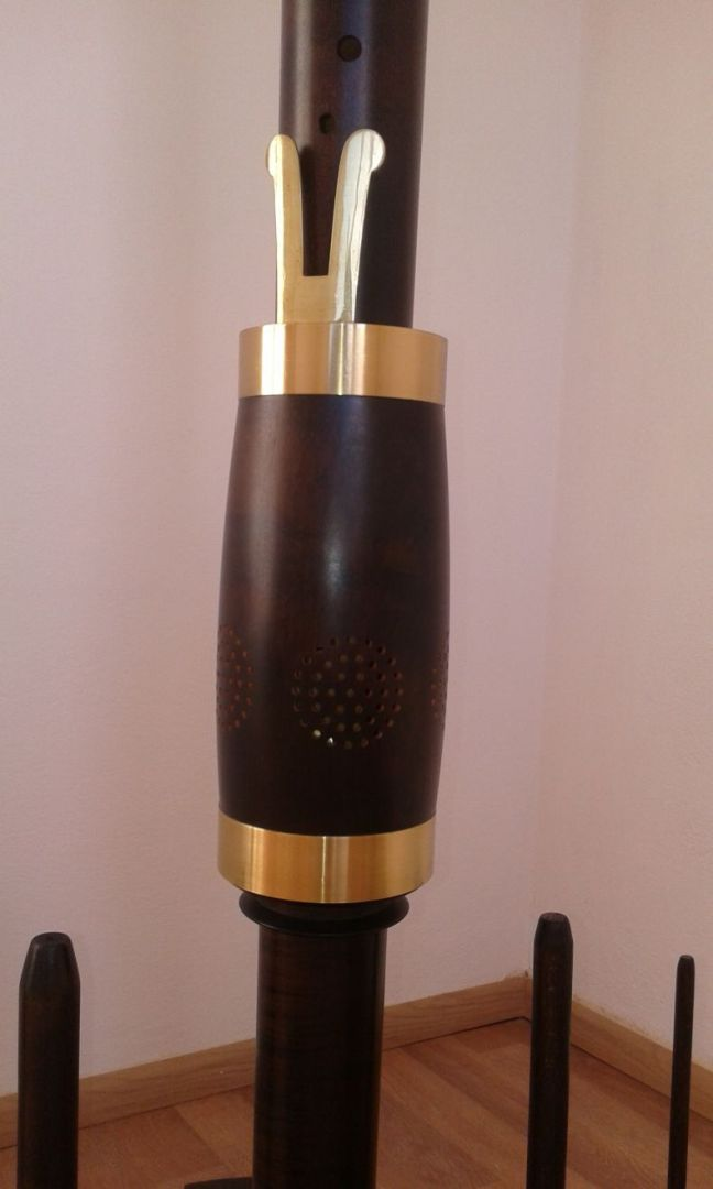 Renaissance-Consort-sub-bass-recorder-in-c-by-Moeck-recorders-for-sale-com-04fontanelle