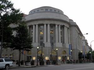 regan-building-and-international-trade-center