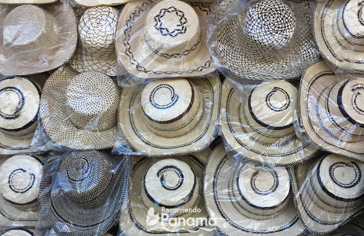 Diferentes sombreros Pintao.