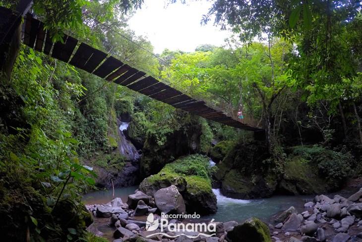 El Encanto Waterfall in Altos del Maria