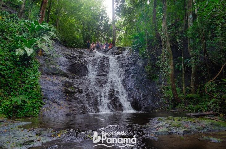 waterfall at Emberá Majé Cordillera