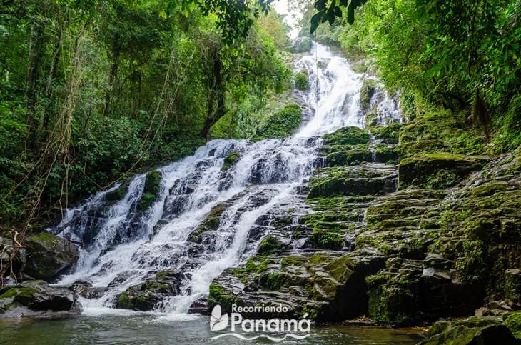 La Gloria Waterfall