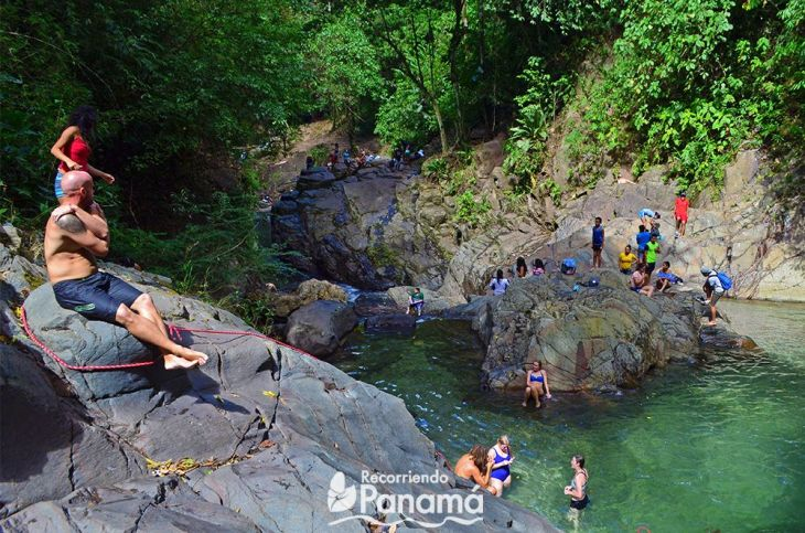 Pozo Azul exceeds its visitor capacity on weekends. tips to reduce the ecological footprint