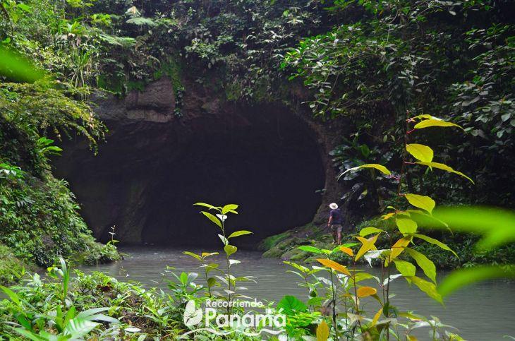 El Cacao Cave
