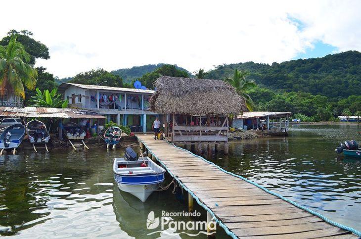 Dock in José de los Pobres to Venas Azules