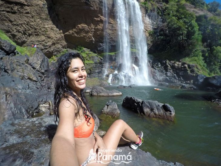 Wearing a swimsuit with sneakers.  Qui Qui Waterfall