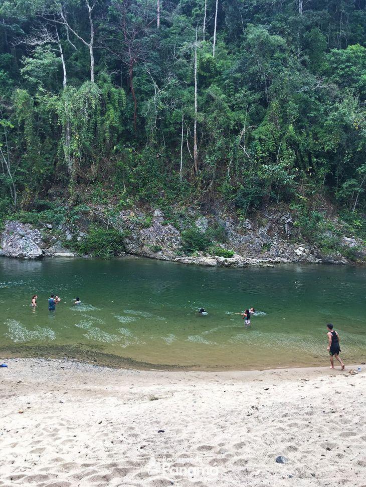 La Playita del Río Chagres.