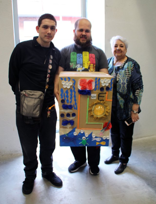 Colaboración con la comunidad educativa de Zaragoza en un taller de reciclaje y reutilización intergeneracional en Harinera ZGZ