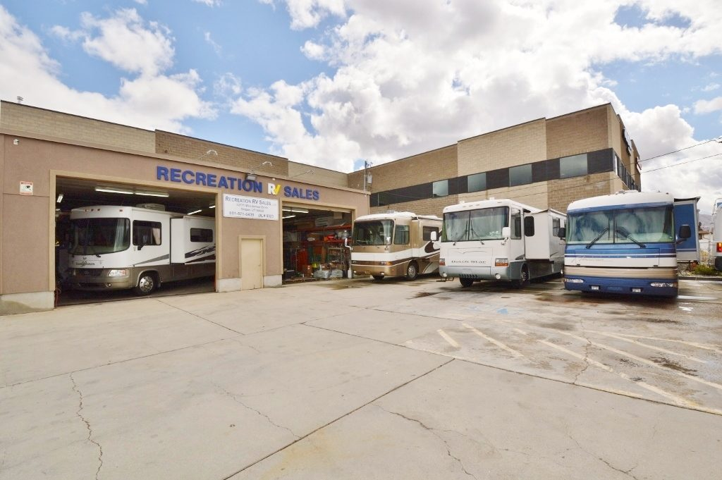 Recreation RV Sales Storefront