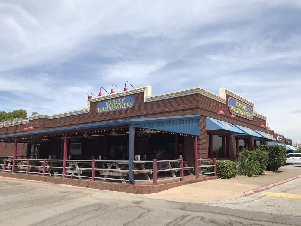 Harvey Washburgers in College Station Texas is a place for you to do laundry and get a great burger! Add it to your RV trip ideas today!
