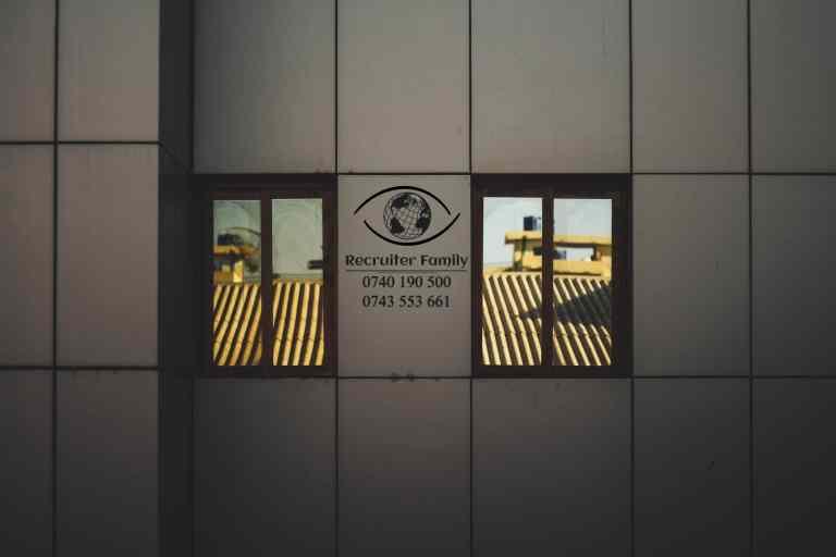 Recruiter Family, agentie de recrutare inregistrata ITM este în cautare de montatori fatade cladiri pentru Olanda.