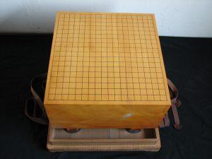 本榧柾目六寸六分碁盤