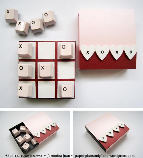 how to make a recycled keyboard tic tac toe game