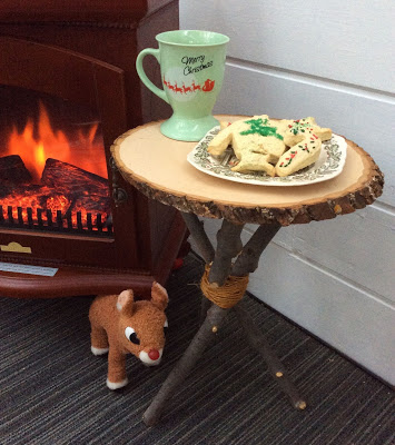 cookies-and-milk-for-santa-table