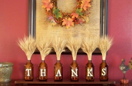Hey! That's a cool recycled Thanksgiving decoration