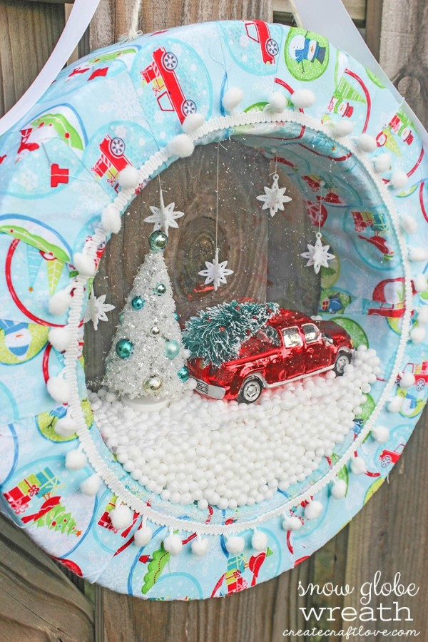 How to make a snow globe wreath
