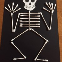 How to make a skeleton with Q-Tip Cotton swabs