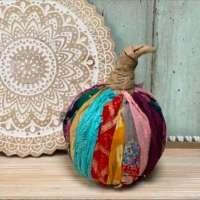 How to make a pretty scrap fabric pumpkin