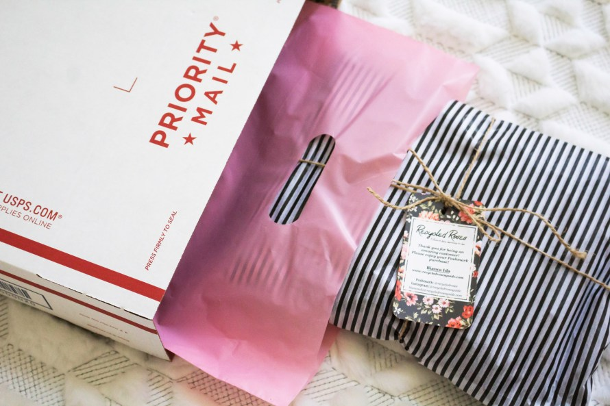 5 Poshmark Packaging Tips from a Posh Boss
